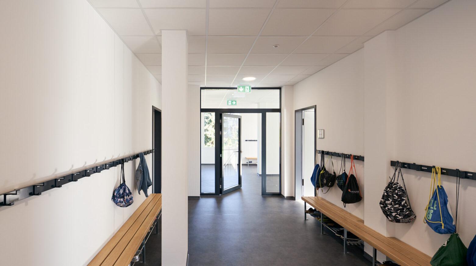 Schulgebäude Hohfuri 03
